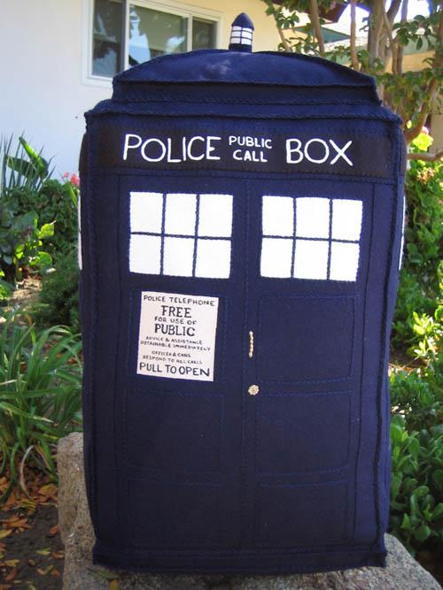 policecallbox.jpg