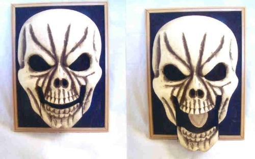 skull-puppet102307.jpg