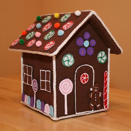 Feltgingerbread House