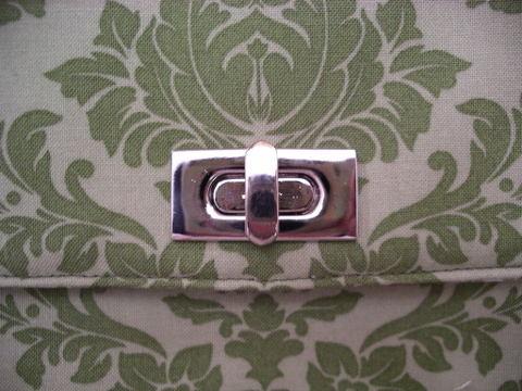 Purseturnlock