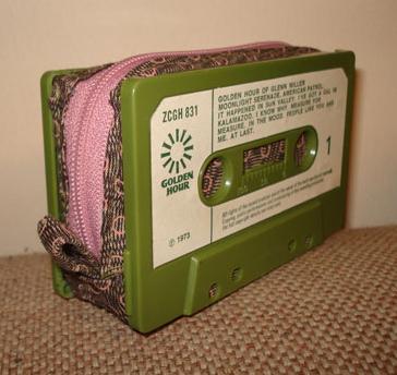 CassetteWallet.jpg