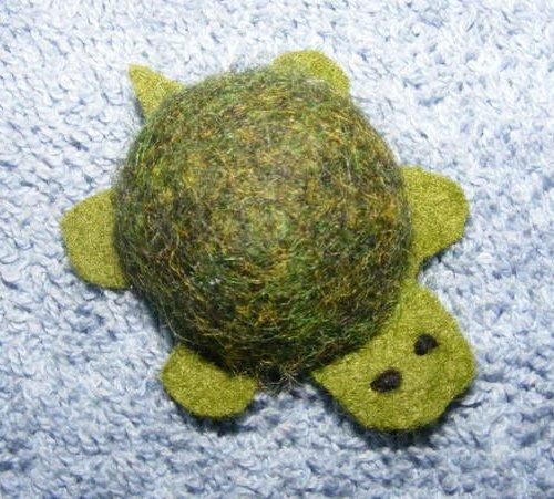 little felt turtle