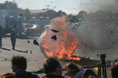 Makerfaire Srlexplosion