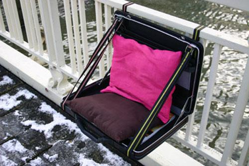 Suitacase Chair2