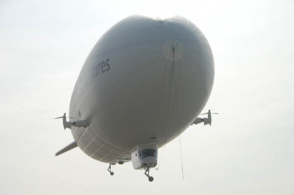 airship102708_2.jpg