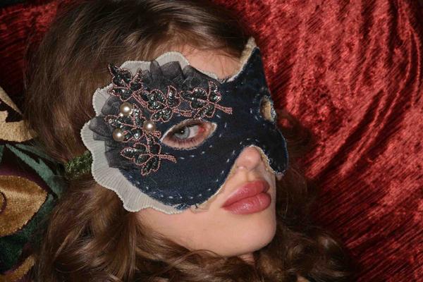 mask_Venetian-Carnival.jpg