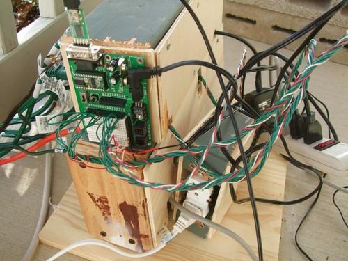 _microcontroller_based_christmas_light_controller_2.JPG