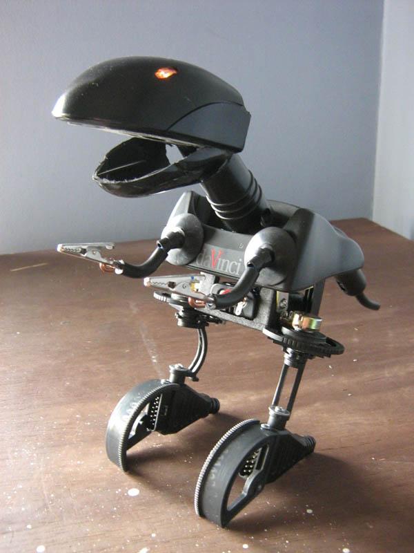 roboCritters120108_3.jpg