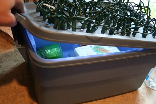 led light grow box.jpg