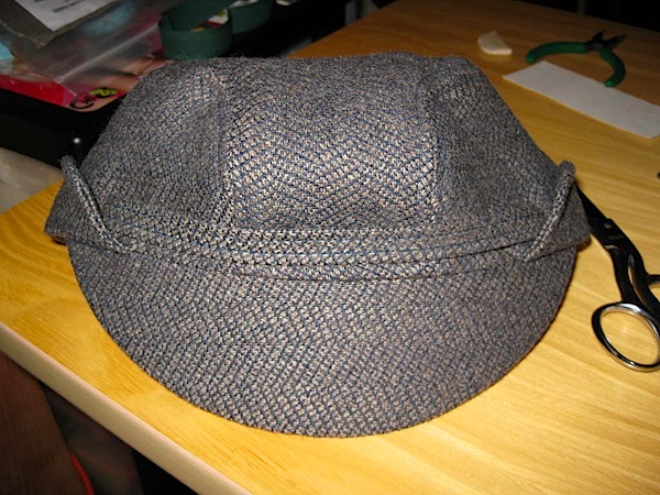 checkpointcharliehat.jpg