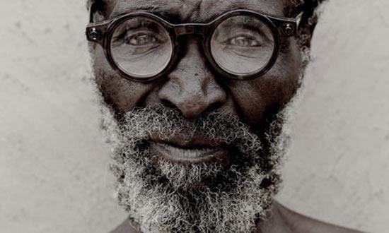 josh_silver_adaptable_glasses.jpg