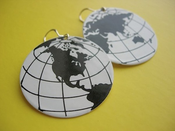 worldtravellerearrings.jpg