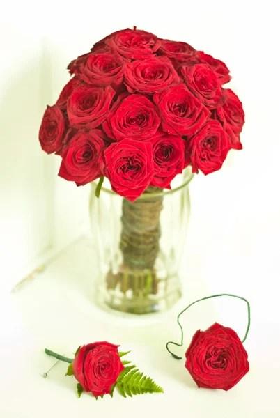 bridalpartyflowers.jpg