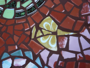 mosaiccreatureontable.jpg