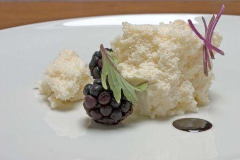 brie-blackberries.jpg