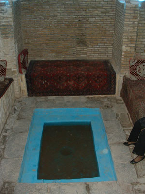 pool-room-windcatcher-yazd.jpg
