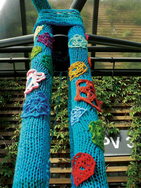 stickkontakt_yarn-bombing.jpg