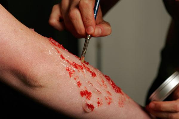 flashback-wound-2b.jpg