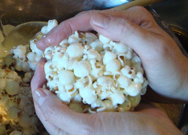 Popcornball Step1