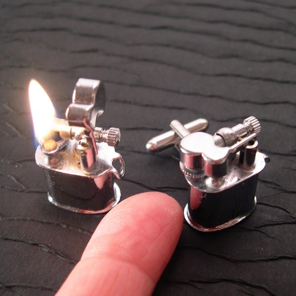 tiny_lighter_cufflinks.jpg