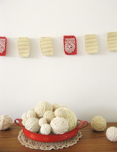 crochet_garland.jpg