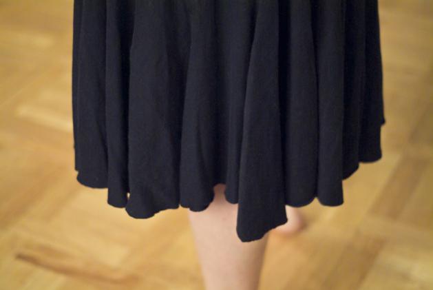 skirt_ruffle_upcycle_01.jpg