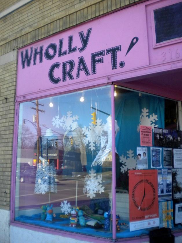 whollycraft1.jpg