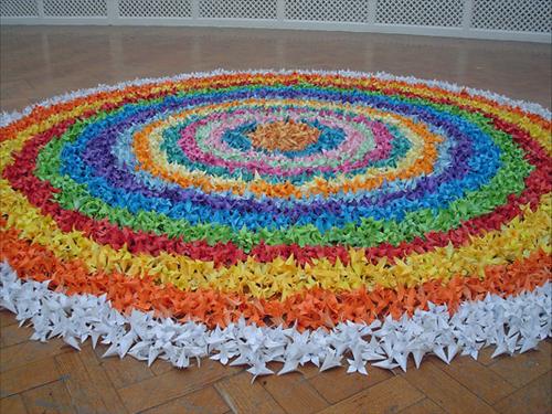 10000_origami_flowers.jpg