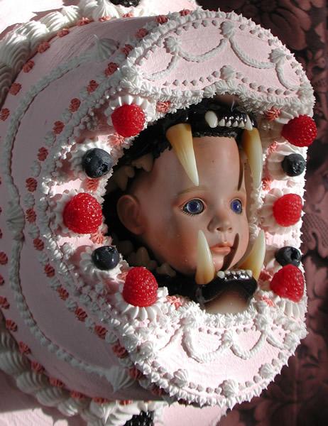 cake_babyhead_sculptures.jpg