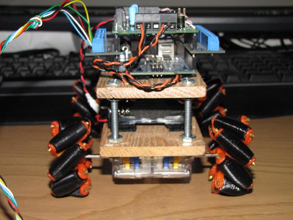 mecanumbot2.jpg