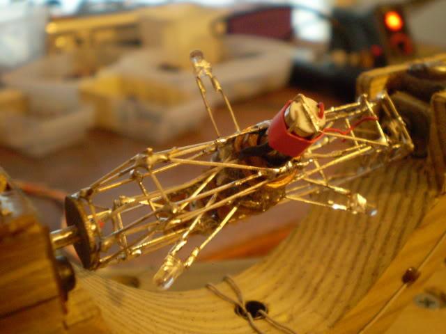 spinning-rgb-led-ball_2.jpg