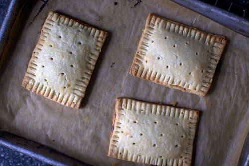 How_To_Homemade_Poptarts.jpg