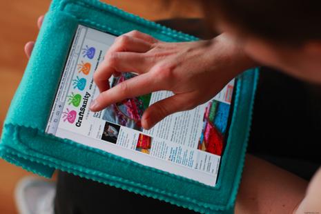 How_To_Sew_Fleece_iPad_Cozy.jpg