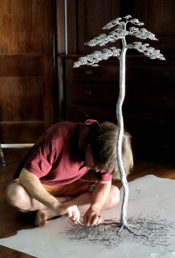 kaitrees_kevin_makes_a_tree.JPG