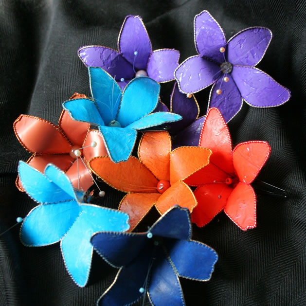save_my_oceans_recycled_plastics_hairclips.jpg