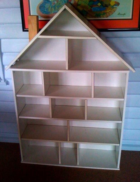 billy_bookcase_dollhouse.jpg
