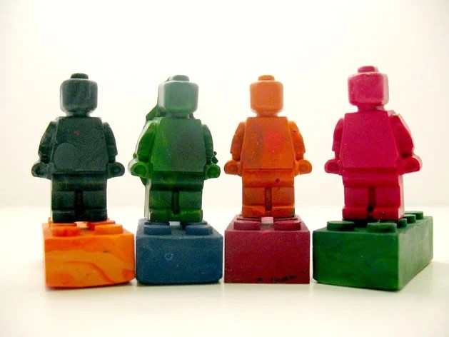 lego_minifig_recycled_crayons.jpg