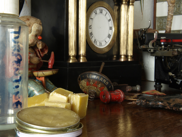 Antique furniture deserves something better than an occasional dusting with  a spray polish. Real wood needs real nourishment, and nothing brings wood  to ... - How-To: Beeswax Polish Make: