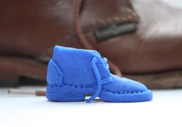 Ben_Play-Doh_Shoe_02.jpg