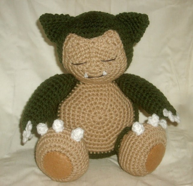 pokemon_snorlax_plushie_crochet.jpg