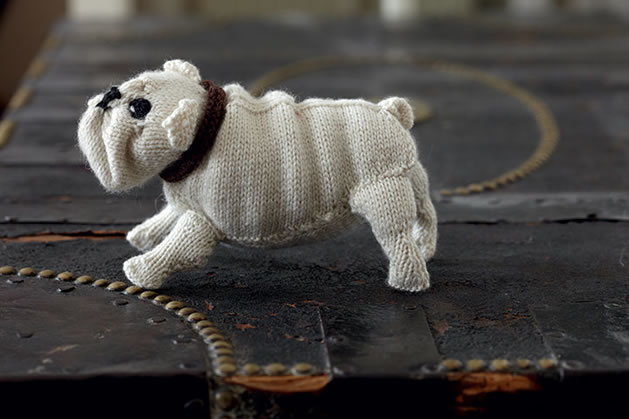 knit_english_bulldog.jpg