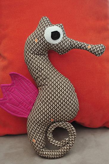 mr.seahorse_stuffed.jpg