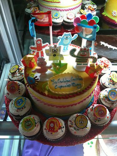 yo_gabba_gabba_cake.jpg