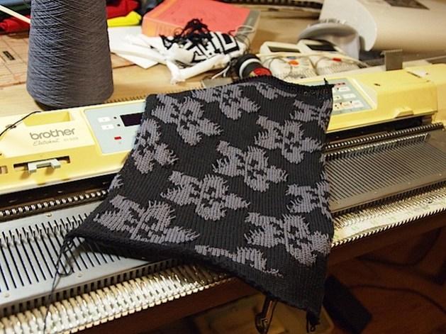 brother_kh930e_knitting_machine_adafabric.jpg