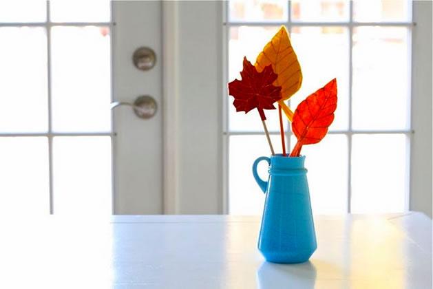 felt_leaves_vase.jpg
