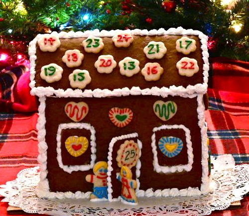 gingerbreadhouse_adventcalendar.jpg
