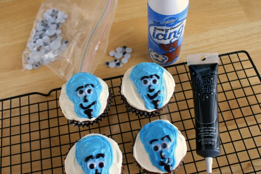 Megamind-Birthday-Party-Cupcakes.jpg