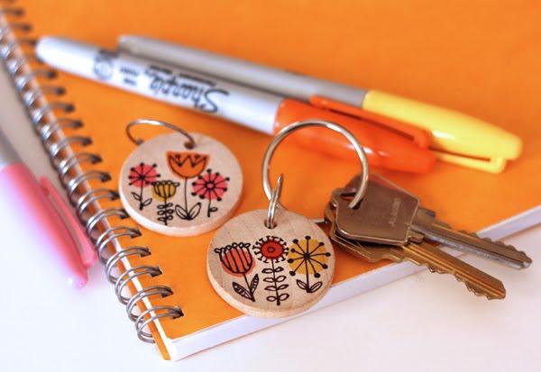 sharpie-DIY-keychain.jpg