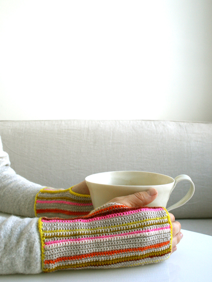 crocheted_striped_hand_warmers.jpg