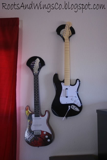vinyl_record_guitar_holders.jpg